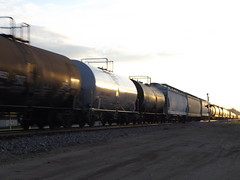 Tank Cars (skeen123) Tags: illinois il hoppers tankcars appleriver appleriveril jodaviesscounty grainhopper jodaviessco