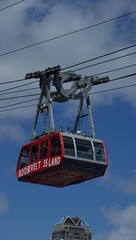 """We're Captured on a Carousel of Time"" (catchesthelight) Tags: buildings manhattan tram bluesky april rooseveltisland 2016 newyorkcityny springvisit"