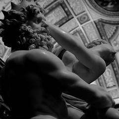 Le rapt de Proserpine / L'enlvement de Persphone  - N&B (Fred (Mi.Femme.Mi.Fouine)) Tags: bw roma statue bernini galleriaborghese lebernin pentaxk10d leraptdeproserpine pentraxart lenlvementdepersphone