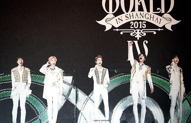 160421 SHINee @ Photobook SHINee World Concert IV 26100420643_1de8a9e0cf_z