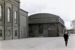 Zeche Zollverein (Starlfur.) Tags: leica essen kodak trix hc110 400 m3 zollverein zeche selfdeveloped