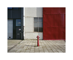 hydrant (ha*voc) Tags: 120 film amsterdam mediumformat rangefinder 6x7 urbanfragments 65mm mamiya7ii urbanabstraction lomo800 industrialfragments