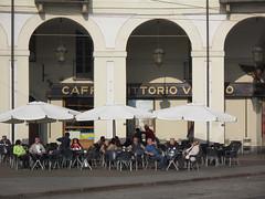 streetTorino2016_IMG_1378 copia (stegdino) Tags: cafe bare caffe unbrella ombrellone