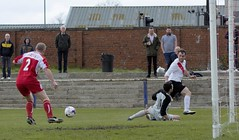 Alan Vezza cuts the ball back past the stretching Ross Lundy (Stevie Doogan) Tags: park west scotland thistle scottish first juniors division league holm largs clydebank superleague bankies mcbookiecom
