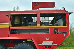 FAUN 8x8 SIDES VMA (detail) ex ADP (xavnco2) Tags: show red france detail truck rouge airport view engine meeting firetruck part exposition camion trucks motor fireengine normandie feuerwehr bomberos faun firebrigade aerodrome eure sides vma adp pompiers moteur 2016 8x8 bombeiros anciens vehicules rassemblement sapeurspompiers leneubourg pontfire