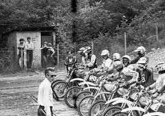 Agazzini Sergio (motocross anni 70) Tags: 1978 motocross 125 partenza armeno sergioagazzini motocrosspiemonteseanni70