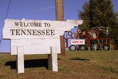 Welcome to Tennessee: Ardmore AL/TN Border at Christmas (SeeMidTN.com (aka Brent)) Tags: christmas sign al tn tennessee alabama welcome ardmore welcometo gilescounty us31 tn7 bmok bmok2