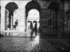 gap (alanpeu1) Tags: film monochrome mediumformat edinburgh royalmile analogue highstreet mamiya645 delta400 citychambers