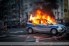 DH1E6612 (channoh.peepovicz) Tags: de hessen frankfurt clash riots troika frankfurtammain riotpolice riotcops ezb barrikaden blockupy