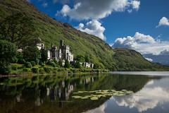 Kylemore Abbey (Naliade) Tags: ireland lake reflection abbey reflejo irlanda abada kylemore