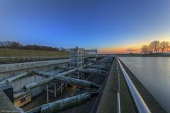 Heinenoordtunnel 2 (Rens Timmermans) Tags: sigma1224mm hdr avondfotografie canon5dmk3