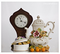 still life with physalis (sure2talk) Tags: clock flash teapot speedlight diffused physalis offcamera trinketbox sb900 nikkor50mmf14gafs nikond7000 stilllifewithphysalis