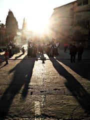 Guin de la Soledad (jmerelo) Tags: espaa sun contraluz andaluca spain sunbeam jan beda