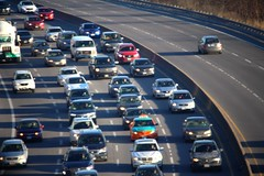 Going against the flow (Quistian) Tags: urban cars canon traffic parkway rps autos dvp 2016 t5i 201604