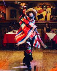 Danza de los Parachicos (Nieri Da Silva) Tags: mxico canon mexico colorful edited restaurante noflash colores chiapas lightroom editada colorido pancakelens primelens visitmexico mexicanfolklore mexico vsco fixedfocuslens eost3i vscofilm ef40mmf28stm editadaconlightroom editedinlightroom4 mexicanosymexicanas nieridasilva