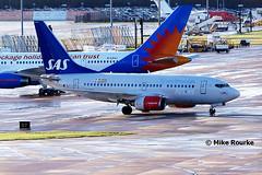 LN-RRZ (3) 737-683 SAS Scandinavian Ai