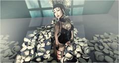 In me mind (SouRiNy DeZnO) Tags: fashion french blog secondlife mode kinky epoch tabou maitreya kokolores catwa secondlifeblog phedora blogsl souriny suicidedollz 50shadesoflust chemicalprincess