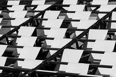 EJERCICIO EN BLANCO Y NEGRO (B&W EXERCISE) (bacasr) Tags: blackandwhite abstract blancoynegro geometric lines shapes sunshade formas abstracto toldo lneas geomtrico