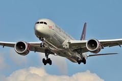 VS0251 PVG-LHR (A380spotter) Tags: london heathrow 9 landing finals vs boeing arrival approach 900 lhr vir 787 dreamgirl egll dreamliner virginatlanticairways pvglhr 7879 27l runway27l shortfinals vs0251 dreamliner gvahh