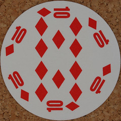 Round Playing Card 10 of Diamonds (Leo Reynolds) Tags: playing deck card squaredcircle playingcard carddeck xleol30x