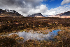 Peat and Clouds (Tony N.) Tags: mountains clouds scotland peat reflet glencoe nuages relfection montagnes ecosse tourbe
