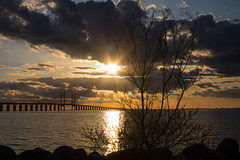 Sunflare over the Bridge (Infomastern) Tags: bridge sunset sea sky cloud sun sol himmel bro hav sunflare solnedgng moln resundsbron geolocation geocity camera:make=canon exif:make=canon brofstet geocountry geostate exif:lens=efs18200mmf3556is exif:focallength=40mm exif:aperture=14 exif:isospeed=100 camera:model=canoneos760d exif:model=canoneos760d