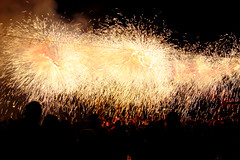 Tres Tombs Infernals (Xaf) Tags: barcelona heritage fire fiesta devils culture celebration fuego fest festa cultura correfoc tradicion diablos celebracion foc tradicio santandreu diables celebracio fujinonxf1855mmf284rlmois fujifilmxworld fujifilmxe2 grupdefoc esfujifilmx lasatanicadesantandreu