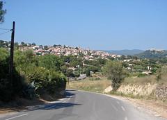 En route vers La Cadiere d'Azur (Maxofmars) Tags: road france frankreich europa europe dorf village carretera pueblo route frankrijk provence francia dorp provenza aldeia villaggio provena