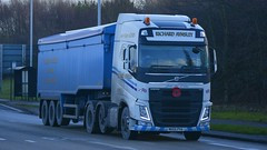 NK65 PVA (panmanstan) Tags: truck wagon volvo yorkshire transport lorry commercial vehicle hull fh freight bulk haulage humberside hgv