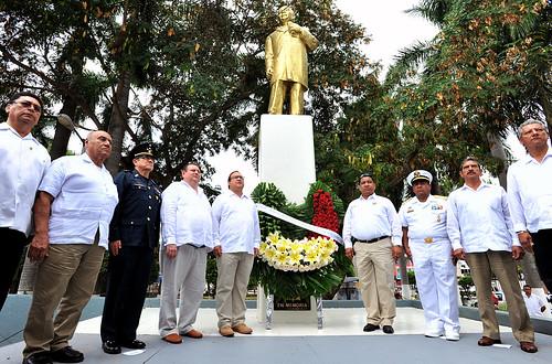 """El Gobernador Javier Duarte asistió a la Conmemoración del 208 Aniversario del Natalicio del Benemérito de las Américas """"Lic. Benito Juárez García"""""""