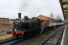 Jinty at Loughborough (MylesBeevor) Tags: uk train br tank wind great central engine railway loco steam locomotive freight loughborough wagons lms cutters jinty