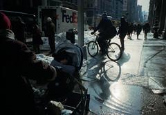 flatiron | nyc (OQ62) Tags: nyc newyorkcity film analog kodak 5thavenue slush 400 gothamist fifthavenue jonas portra flatiron kodakportra400 ricohgr1