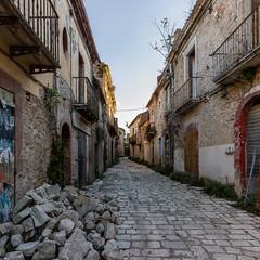 Apice Vecchia (Apice, Benevento, Italy) (IMG_0506srPano) (sassolino147) Tags: landscape ghosttown paesaggio urbanlandscape apice paesaggiourbano cittàfantasma efs1755mmf28isusm apicevecchia eosm3 terremoto1962