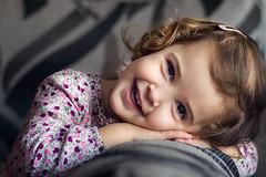 Sonríe (noldor12) Tags: portrait retrato sonrisa carlzeiss aroa carlzeissplanart1750mm canoneos600d planart1750