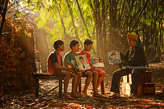 The Tales of The Veteran (riorr) Tags: new family chicken sunshine kids rural forest sunrise painting indonesia photo wooden woods colorful warm foto village calendar mask outdoor traditional stock balloon bamboo jakarta painter rooster tradition enter kalender veteran cerita serpong pagi anak topeng stok desa tradisional perang kemerdekaan pahlawan pejuang photostuff pelukis pedesaan jr3photoworks