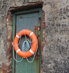 Still saving lives (LEALSWEE) Tags: shore lifebuoy lifesaver rnli hilbreisland rnlistation