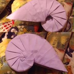 Spiral Origami Navel Shell (tammymcgowan7734) Tags: origami tomokofuse spiralorigami navelshell