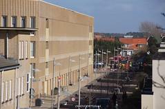 DSC01097 (ZANDVOORTfoto.nl) Tags: 28 dak maart 2016 schade ontruiming bakstenen kromboomsveld28316zandvoort ontruimingivmvallendebakstenenendaklekkage kromboomsveld