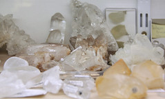Mineral stone shop - De Alruin (Kotomi_) Tags: shop stone shopping town store belgium jewellery mineral healing mechelen naturalstone semipreciousstone specialityshop