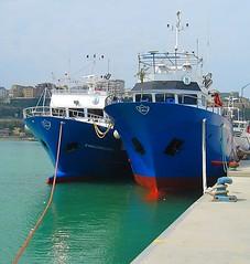 Mooring. (Aldo433) Tags: trawler ortona ormeggio motopeschereccio ortonaporto