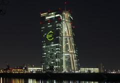 EZB Zentrale Frankfurt, Luminale 2016 (Frawolf77) Tags: show light skyline licht frankfurt illumination architektur beleuchtung hochhaus ezb 2016 luminale verantstaltung