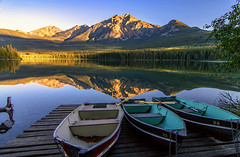 Sunrise on Pyramid Lake (Cole Chase Photography) Tags: morning sunrise canon reflections dawn jasper alberta jaspernationalpark banffnationalpark t3i icefieldsparkway canadianrockies pyramidlake