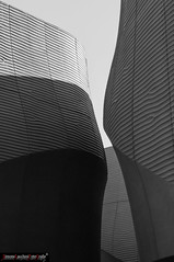 Dune.jpg (frillicca) Tags: bw architecture italia milano bn emirates normanfoster pavilion settembre lombardia architettura 2015 padiglione emiratiarabi expo2015 emiratespavilion