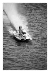 24 heures motonautiques Rouen 2016 (SiouXie's) Tags: city sport seine river boat fuji rivire rouen fujifilm normandie bateau normandy ville reportage fleuve 55200 sportmcanique 24hmotonautiques siouxies fujixe2