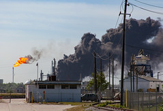 (o texano) Tags: fire industrial texas accident houston oil refinery lyondellbasell