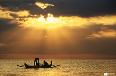 Fishermen's Freedom (Daniel Wildi Photography) Tags: travel sunset sea people bali seascape beach clouds indonesia photography freedom asia fishermen daniel jimbaran 2016 travelphotography wildi danielwildiphotography