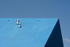 Blue roof (Jan van der Wolf) Tags: blue roof sky building geometric monochrome architecture blauw geometry lucht architectuur gebouw dak ypenburg monochroom map153137v