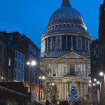"St. Paul's Cathedral at Christmas<a href=""http://www.flickr.com/photos/28211982@N07/23812139739/"" target=""_blank"">View on Flickr</a>"