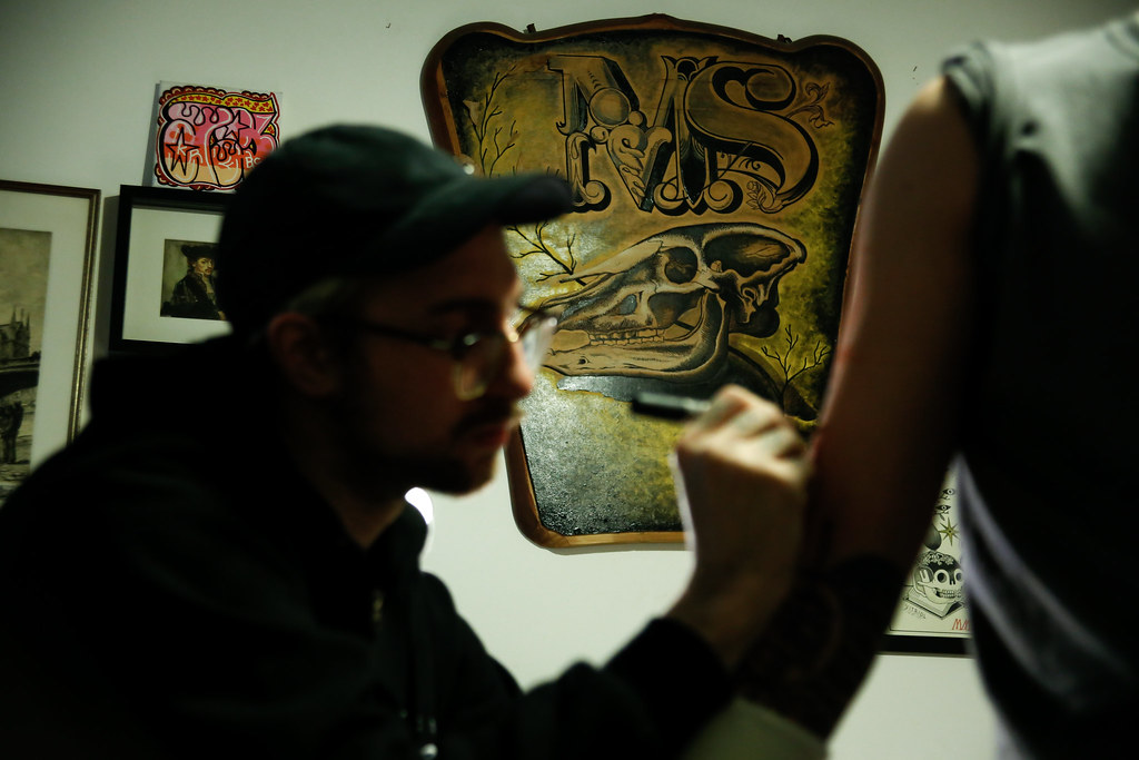 The world 39 s best photos of tatuatore flickr hive mind for Working man tattoo