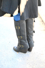 2015-12-19 (42) r7 boots at Laurel Park (JLeeFleenor) Tags: girls woman brown photography donna md shoes boots photos femme mulher maryland racing jeans footwear frau vrouw buckles dona laurelpark wanita  tightjeans   kvinne   nainen kobieta footgear   kvinde ena  kvinna kadn n lamujer    marylandhorseracing  marylandracing ngiphn